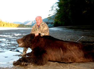 spring-inland-grizzly-hunting.jpg